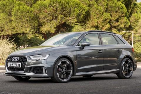 Audi RS3 - Quattro  2.5 TFSI S TRONIC