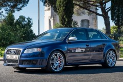 Audi RS4 4.2 V8